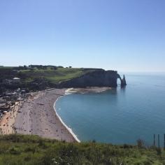 Vue sur Etretat & la falaise d'Aval